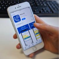 Mobile phone Relay UK app