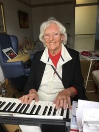 Vera at the keyboard